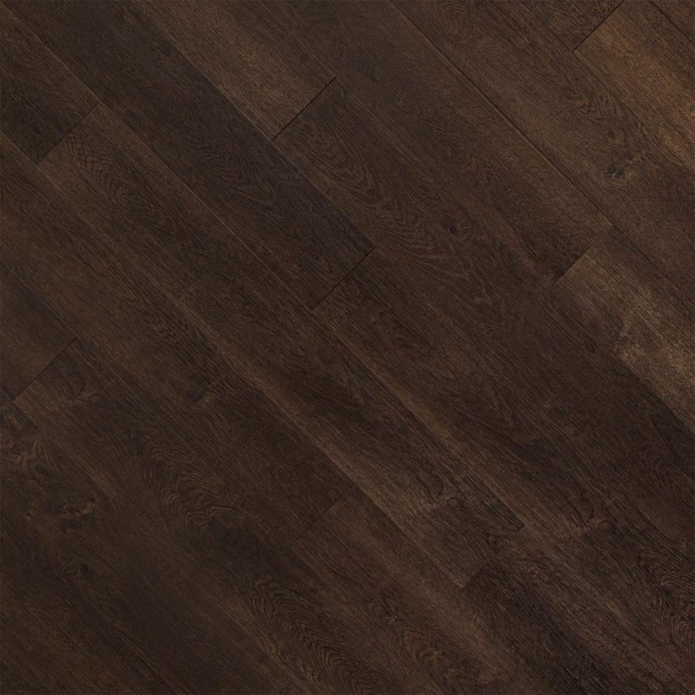 Closeup view of a floor with Verona vinyl flooring installed