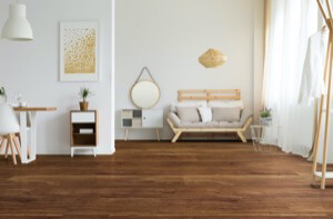 Example of a room using Grand Oak vinyl flooring (SKU: 8618) in the City Heights product line